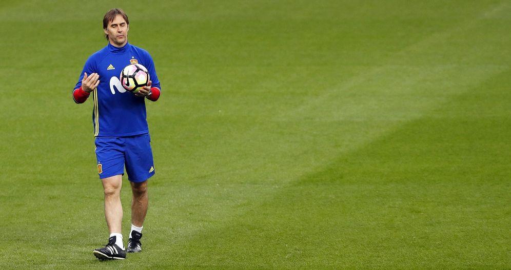 Foto: Julen Lopetegui, durante un entrenamiento de la Selección. (EFE)