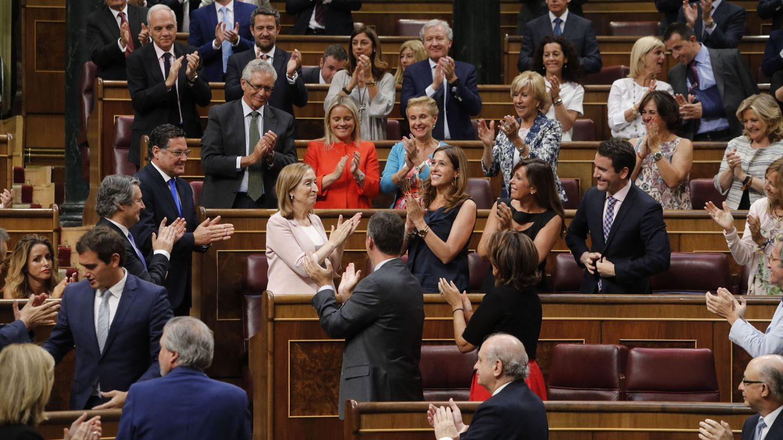 Foto: La Constitución de las Cortes, en imágenes: de la camiseta de Cañamero al estreno de Felisuco