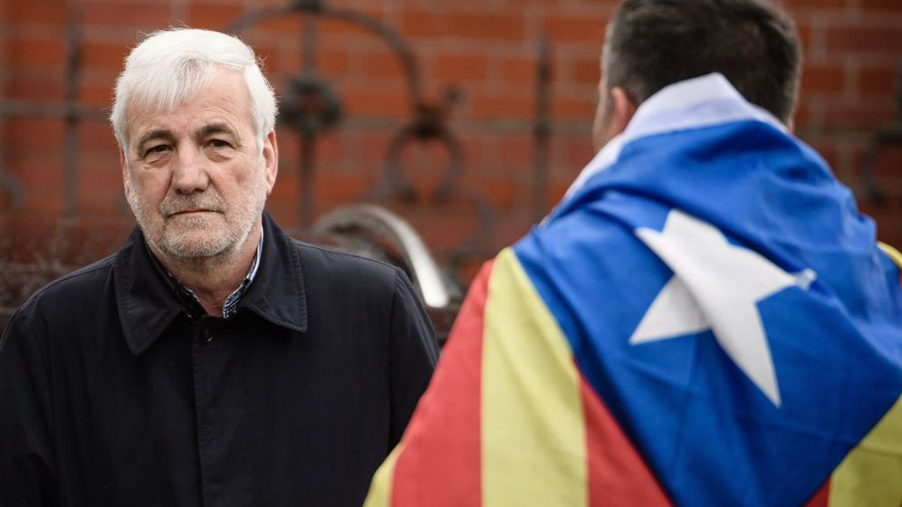 Foto: Josep Maria Matamala, uno de los acompañantes de Puigdemont en su viaje hacia Bélgica. (EFE)