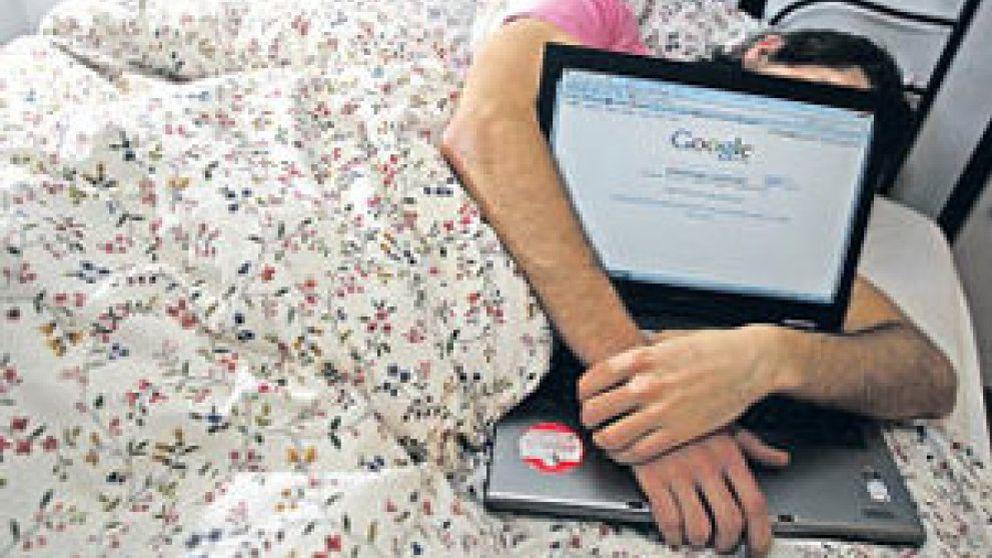 Uno de cada cuatro españoles es adicto a Internet, al móvil, al trabajo, al juego o las compras