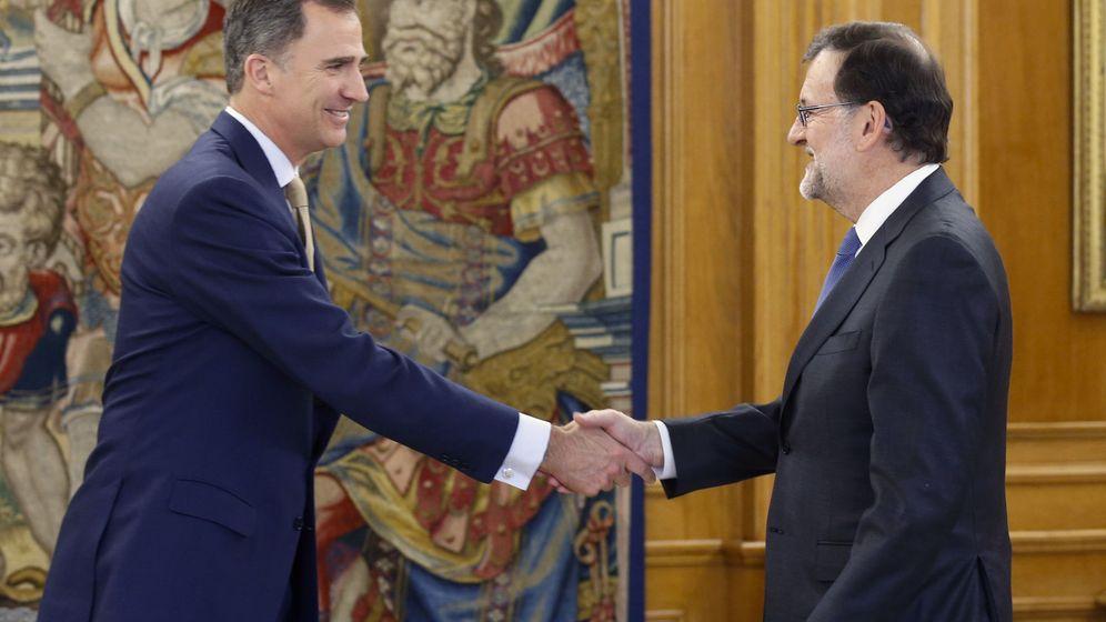 Foto:  El rey Felipe VI recibe al presidente del Gobierno en funciones, Mariano Rajoy. (EFE)