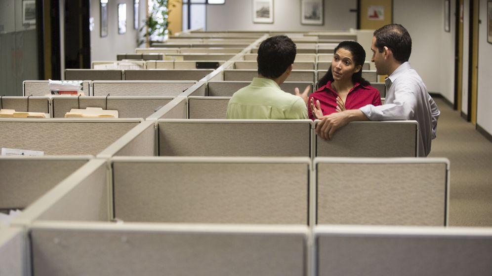 Foto: La habilidadpara relacionarse y mantener una comunicación fluida es esencial en cualquier puesto de trabajo. (Corbis)
