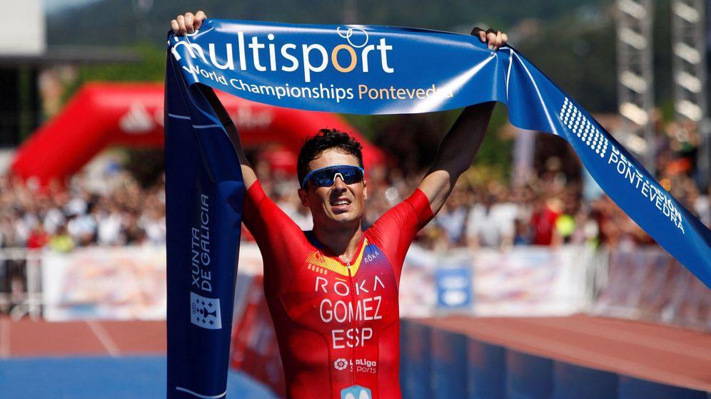 Foto: Javier Gómez Noya ganó con claridad el Campeonato del Mundo de Triatlón de Larga Distancia. (EFE)
