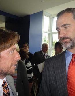 Foto: La 'extraña' coincidencia del Príncipe Felipe y Nicolás Vallejo-Nágera en Miami