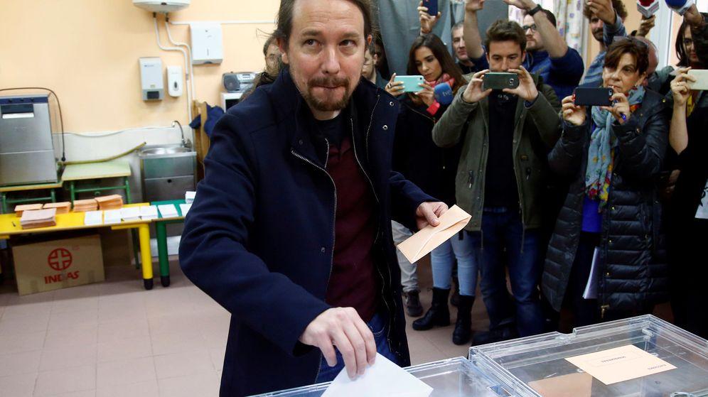 Foto: Pablo Iglesias votando. (Reuters)