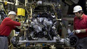 Los pedidos industriales caen un 13,9% en marzo y las ventas, un 10,3%