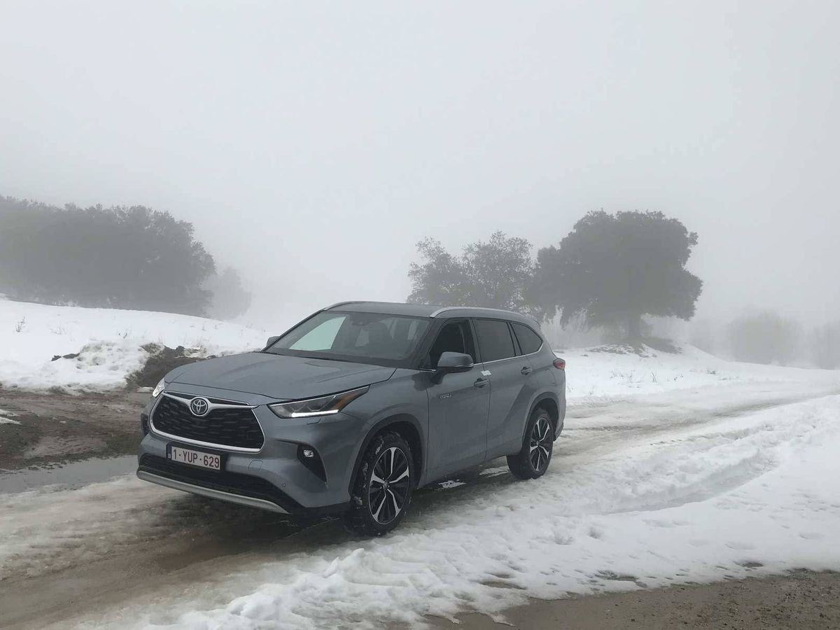 Foto: La prueba en el Castillo de Viñuelas fue una gran experiencia en conducción sobre nieve y hielo con el Toyota Highlander.