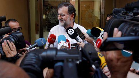 Rajoy se despide de Santa Pola con una comida con notarios y registradores
