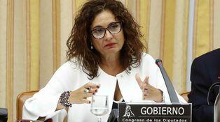 PP, PSOE y sus subidas del IRPF: cómo subir los impuestos para recaudar menos
