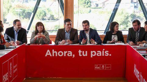 Sánchez confía en la palabra de Rajoy para impulsar la reforma constitucional