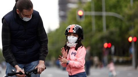 Sanidad rectifica y regulará el uso obligatorio de mascarillas en los espacios públicos