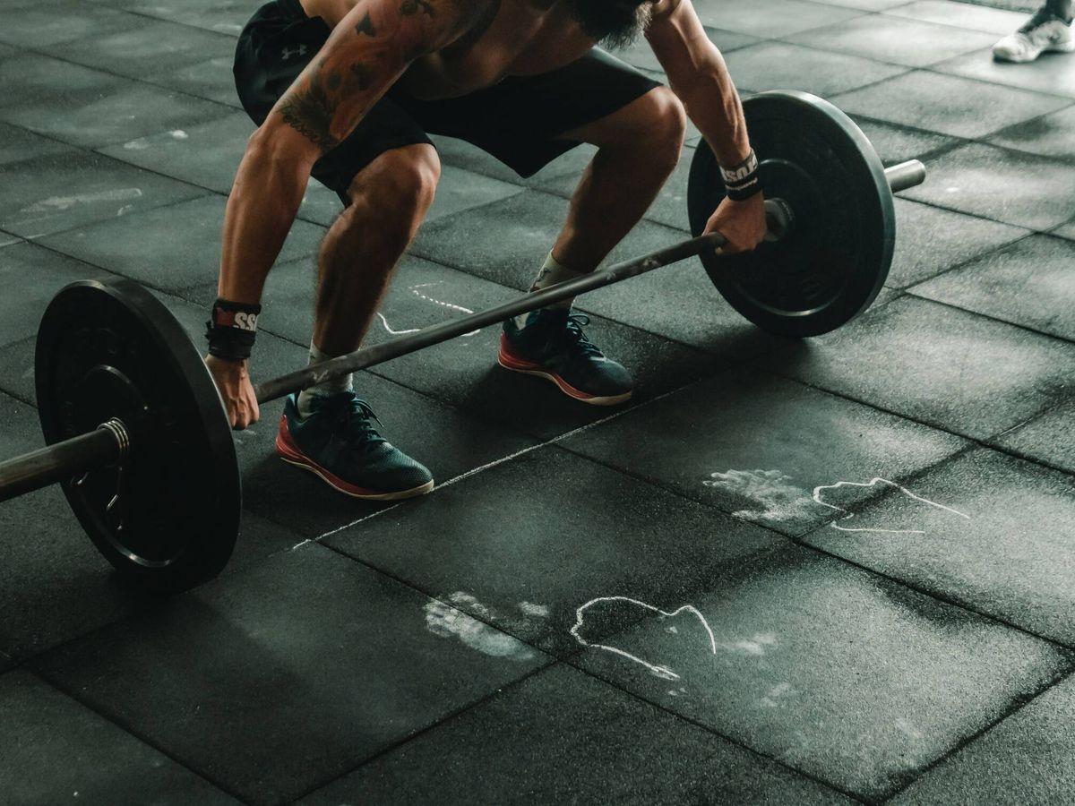 Foto: Montar tu gimnasio en casa es más fácil que nunca (Foto: Victor Freitas en Unsplash)