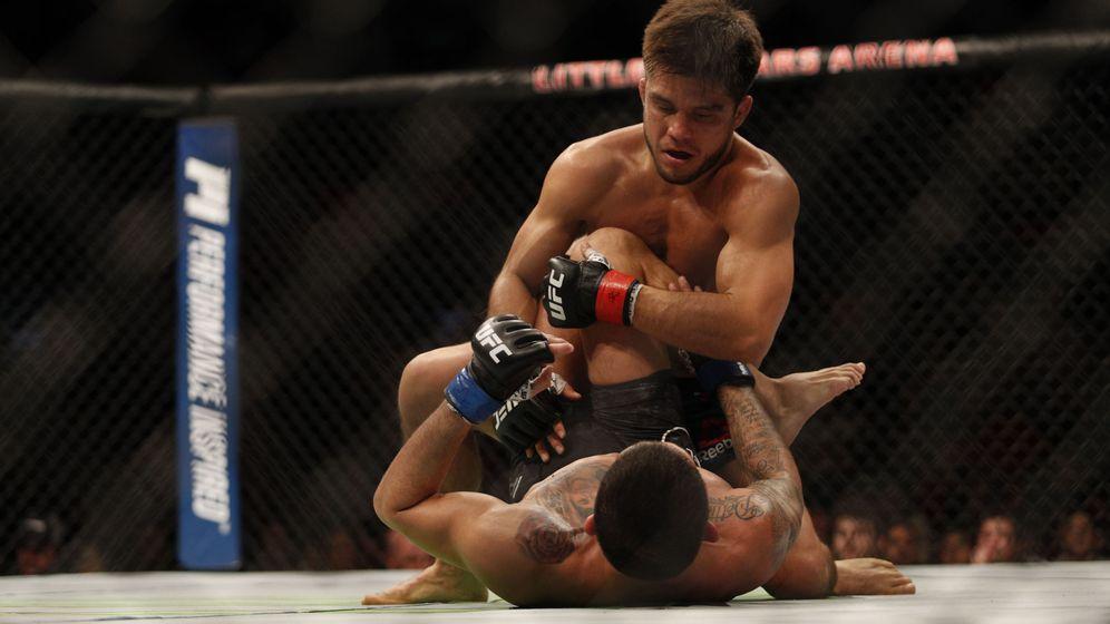 Foto: Henry Cejudo en una imagen de otro combate suyo en la UFC. (USA Today Sports)