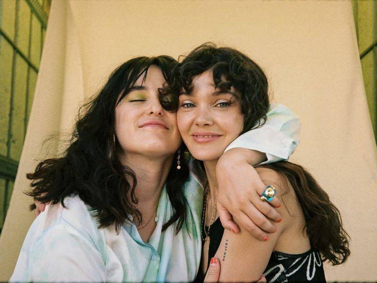 Foto: Claudia Costafreda y Ana Rujas, creadoras de 'Cardo'. (Atresmedia)