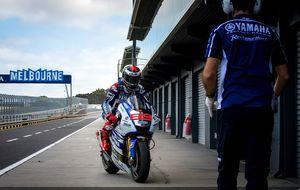 Lorenzo espabila a Yamaha: fue el más rápido en los test de neumáticos
