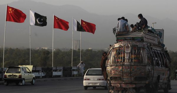 Una dosis de realidad para China: primeros reveses al megaproyecto 'Belt and Road'