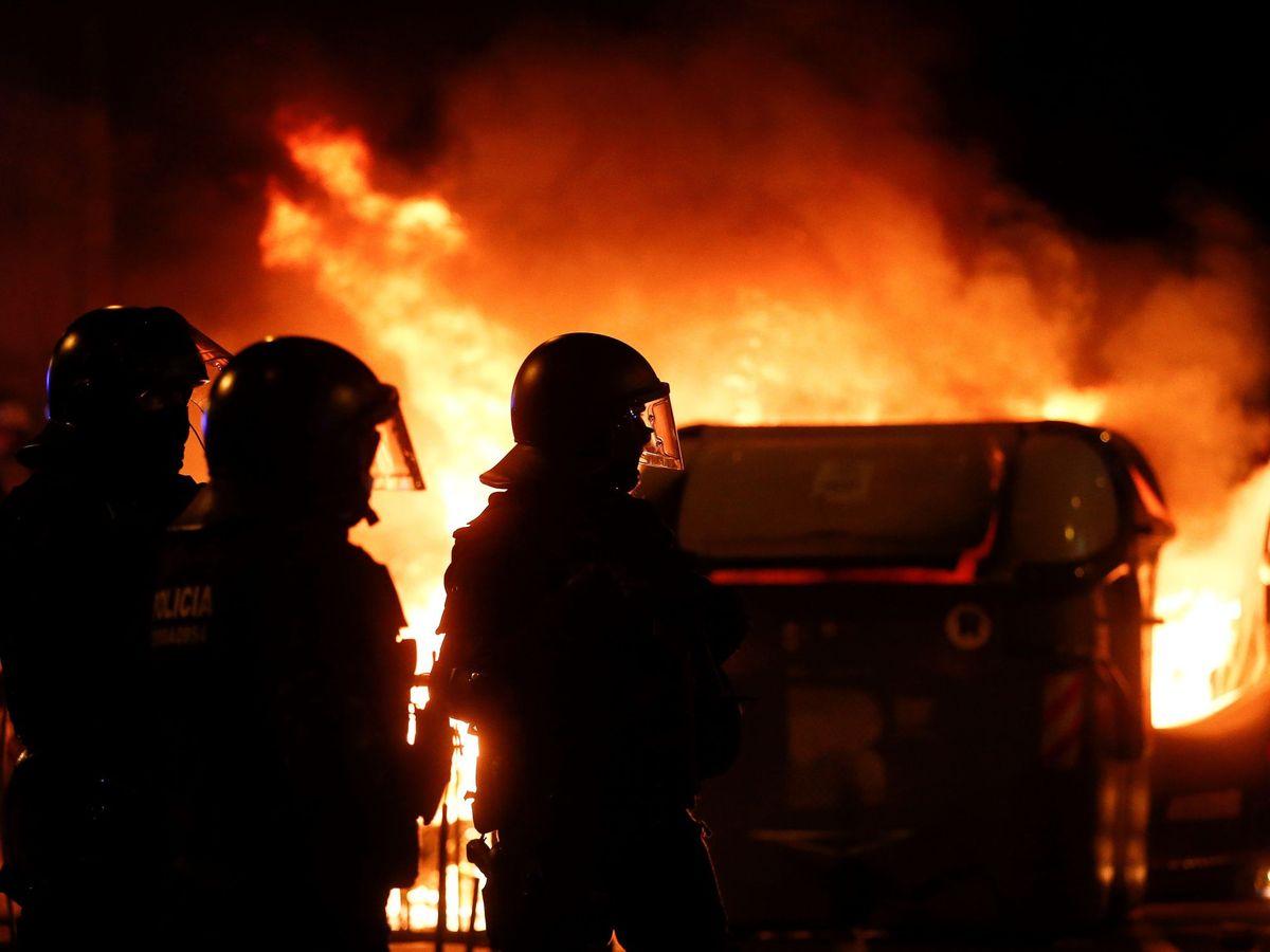 Foto: Una concentración convocada por los CDR en Barcelona. (EFE)