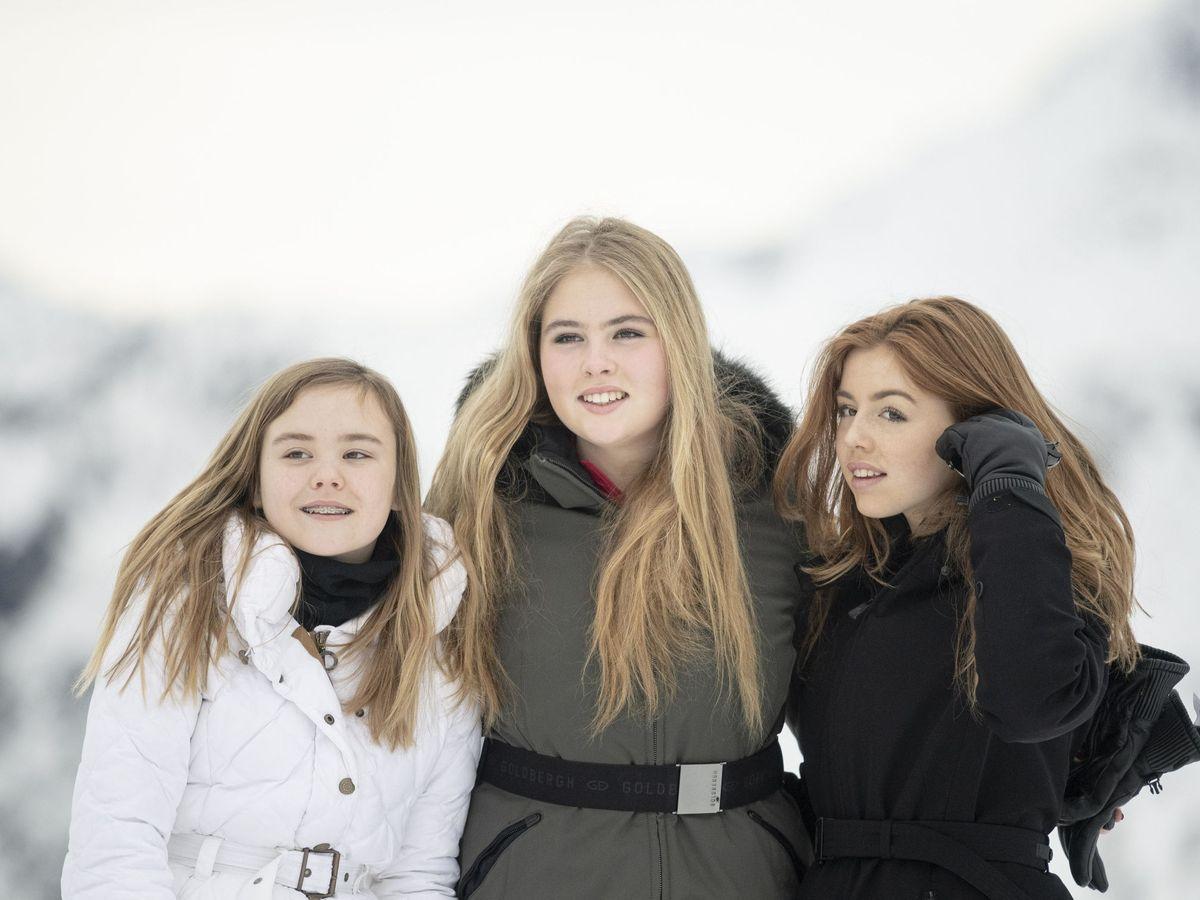 Foto: Ariane, Amalia y Alexia de Holanda, el pasado mes de febrero. (EFE)