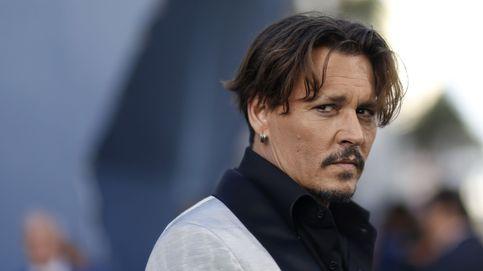 La caída en los infiernos de Johnny Depp: su hijo está gravemente enfermo