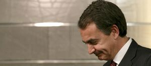 Déficit, cajas, pensiones... Vuelve la desconfianza hacia España por el parón de las reformas