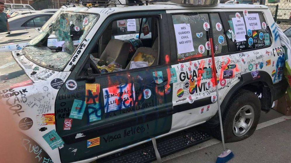 Foto: Vehículo dañado en las protestas del 20-S (Asociación Unificada de Guardias Civiles)