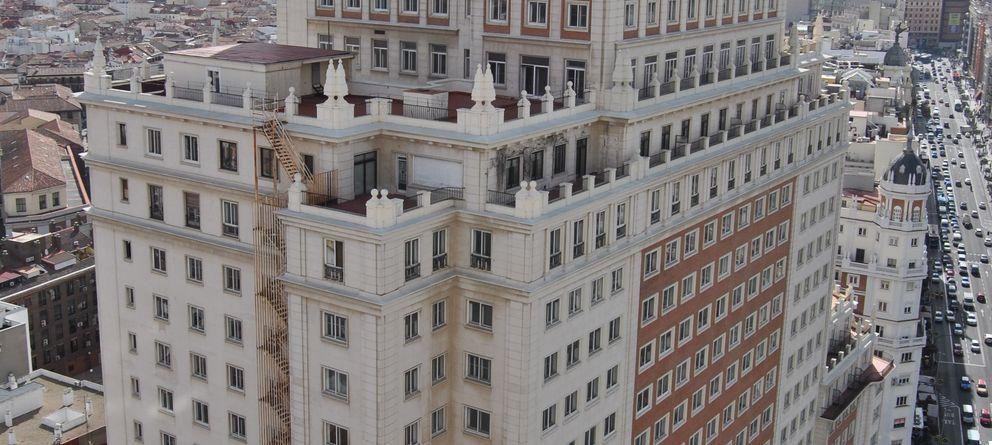 Barra libre municipal para el lifting chino al Edificio España del magnate Wang Jianlin