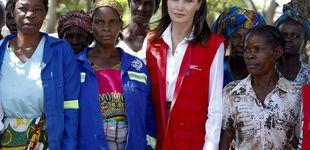 Post de Letizia culmina su visita a Mozambique estrenando también, esta vez de M. Dutti