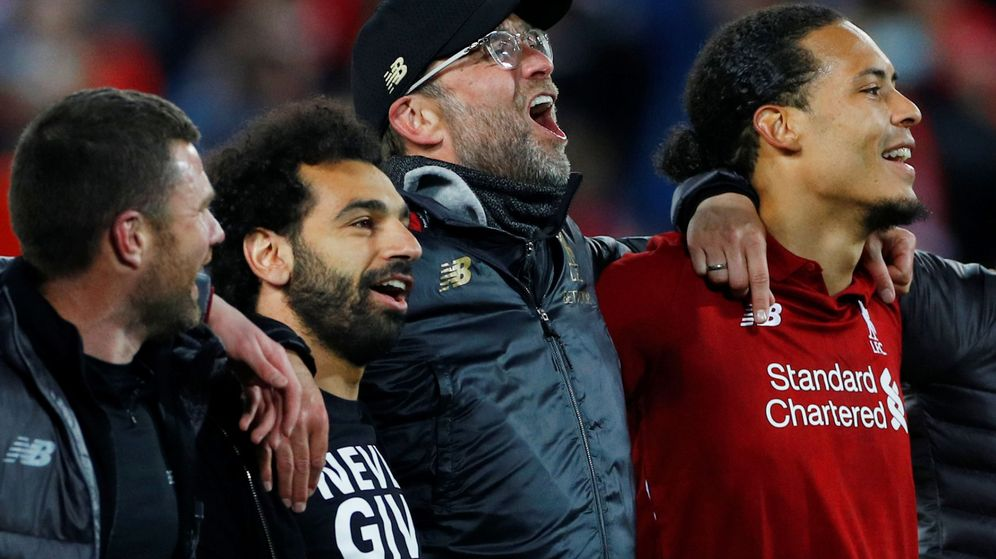 Foto: Klopp celebra con sus jugadores la clasificación para la final de la Champions League. (Reuters)