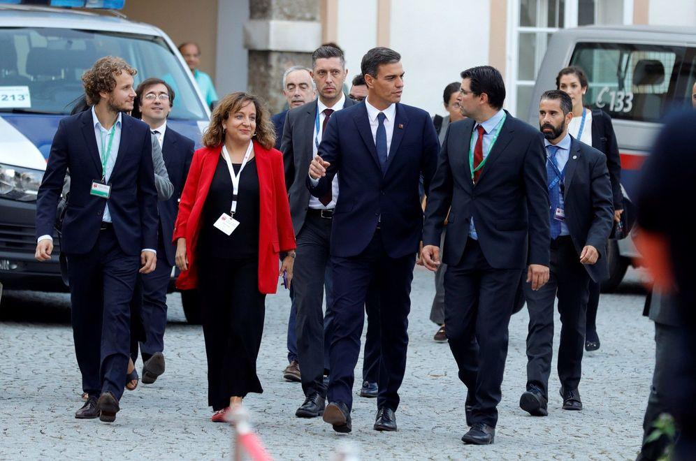 Foto: Pedro Sánchez, este 19 de septiembre, a su llegada en Salzburgo, Austria, a la cumbre informal de líderes socialistas europeos. (EFE)