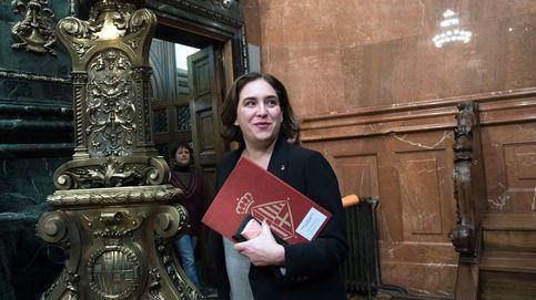 El independentismo mueve su peones para arrebatarle Barcelona a Ada Colau