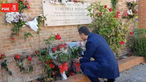 Pedro Sánchez rinde tributo a las Trece Rosas después de la exhumación de Franco
