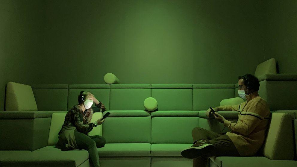 'Siéntate y escucha'. La exposición en la que no hay ningún cuadro ni objeto