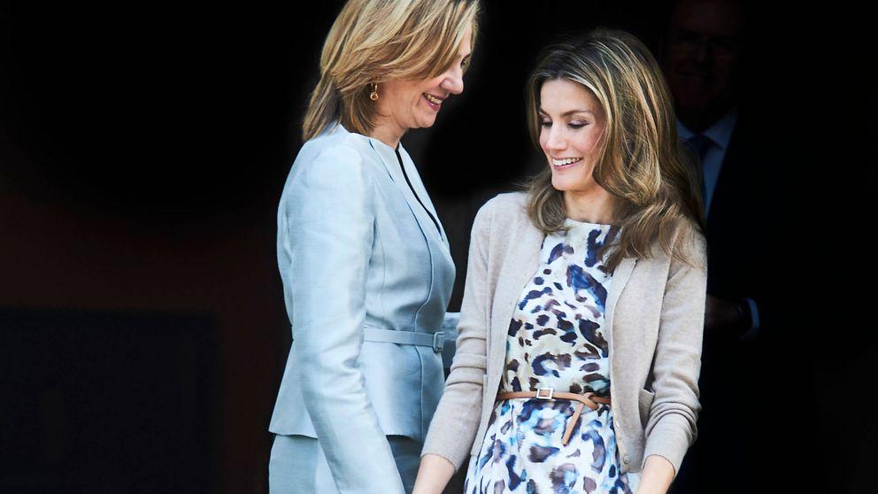 ¡Feliz cumpleaños, doña Sofía! Letizia y Cristina, sentadas a la misma mesa