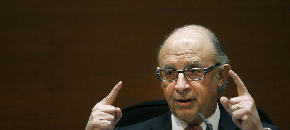 Foto: El ministro de Hacienda ha anunciado que 2014 se ha cerrado con una recaudación contra el fraude fiscal de 12.300 millones de euros, la mayor de la historia (EFE)