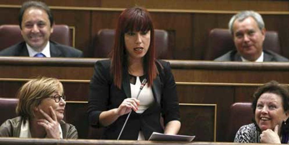 medios de comunicación social latín cabello rojo en Baracaldo