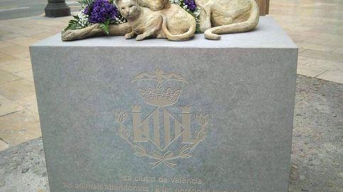 La escultura a los animales abandonados que ha enamorado a 10.000 personas