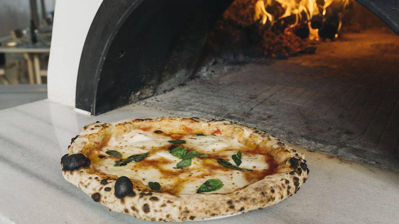 Pizza de masa madre.