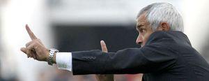 El Parma destituye al entrenador Héctor Cuper