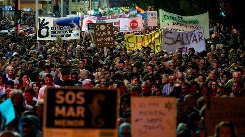 La 'red fake' vinculada a jóvenes del PP intentó reventar la marcha del Mar Menor