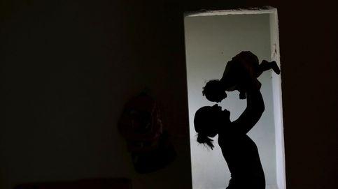 Dos años de cárcel para la madre que mató a su bebé por quedarse dormida sobre él