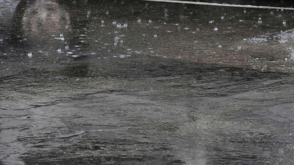Cortes en líneas de metro y la M-40, la lluvia se ceba con Madrid