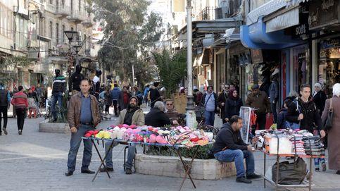 Puestos callejeros en mercado de Siria