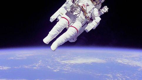Muere Bruce McCandless, astronauta de la primera caminata espacial sin ataduras