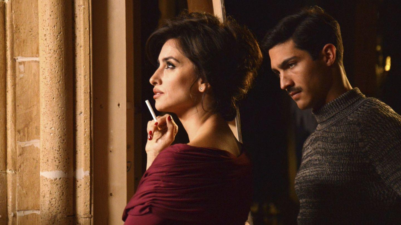 Chino Darín y Penélope Cruz, en 'La reina de España'. (EFE)