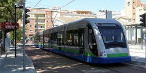 Foto: El primer tranvía andaluz, a dique seco tras 40 millones en subvenciones europeas