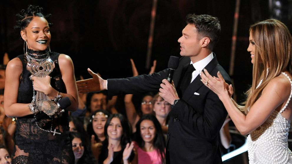Jennifer Lopez le 'birla' el novio a Rihanna