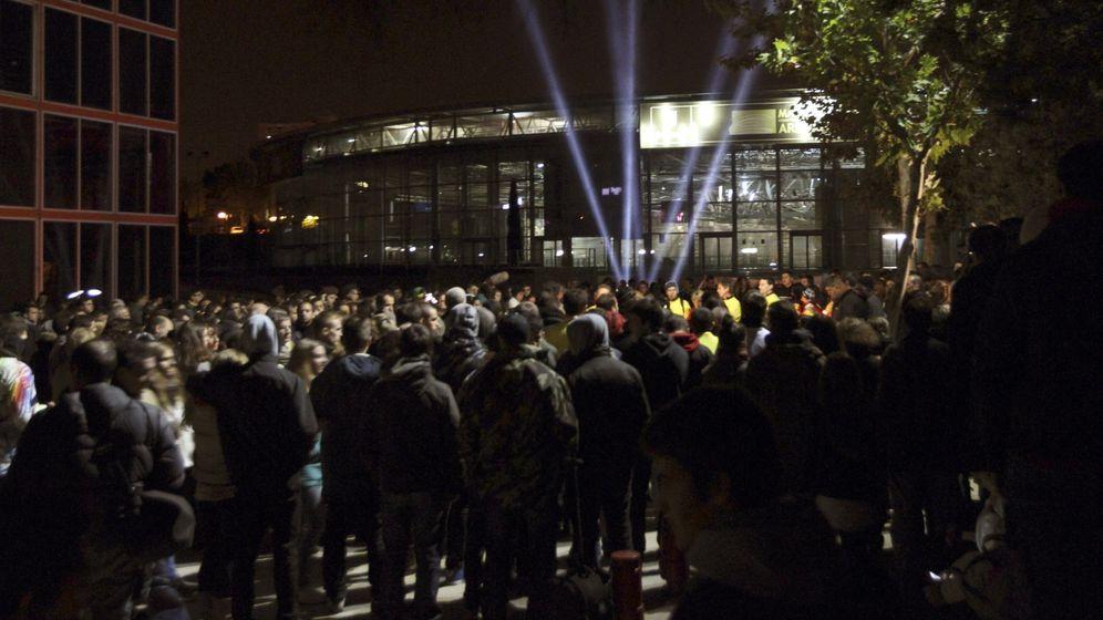 Foto: Vigilia por las víctimas del Madrid Arena. (Efe)
