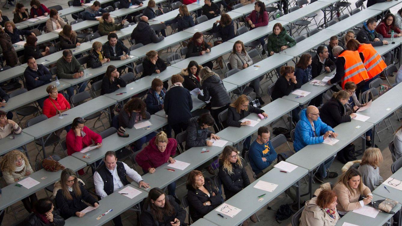 Foto: Una imagen de archivo de un examen de oposiciones en Zamora. (EFE)