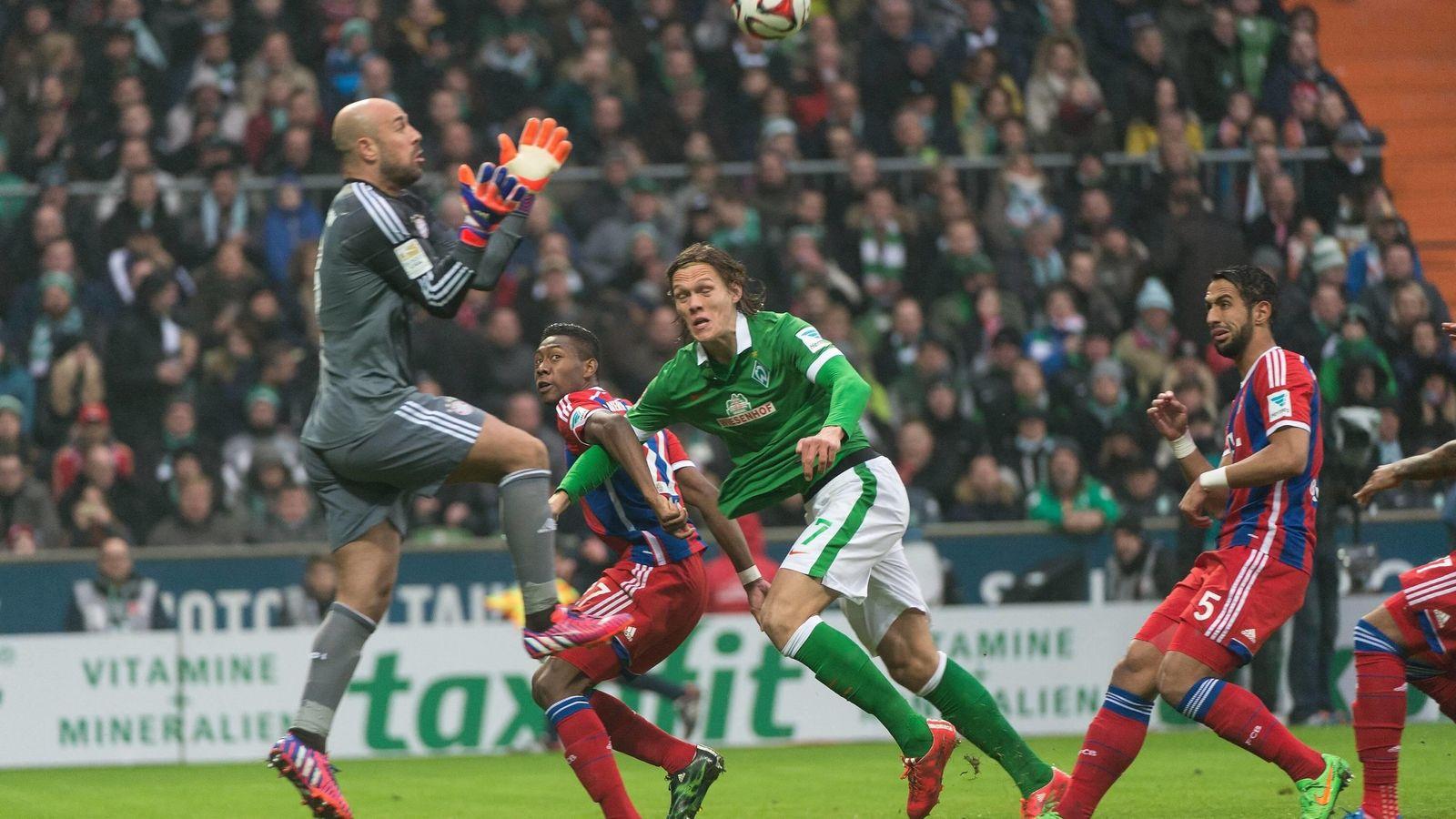 Foto: Pepe Reina en acción durante el Werder Bremen-Bayern (Imago Sportfoto)