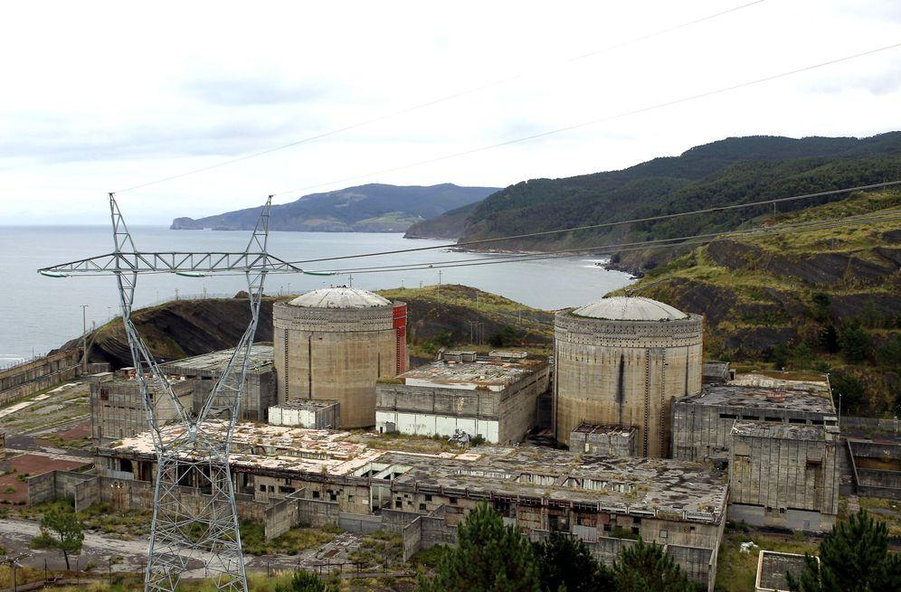 Foto: Imagen de la central nuclear de Lemóniz. (EFE)